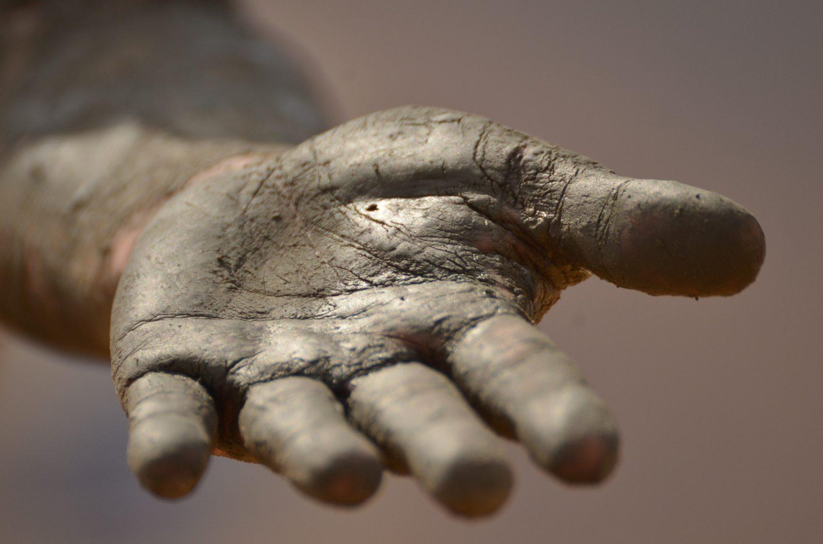 hand-1331323_1920